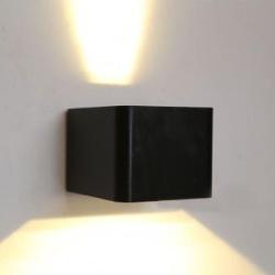 WALLED Udendørs Væglampe 6W 500Lm i Sort