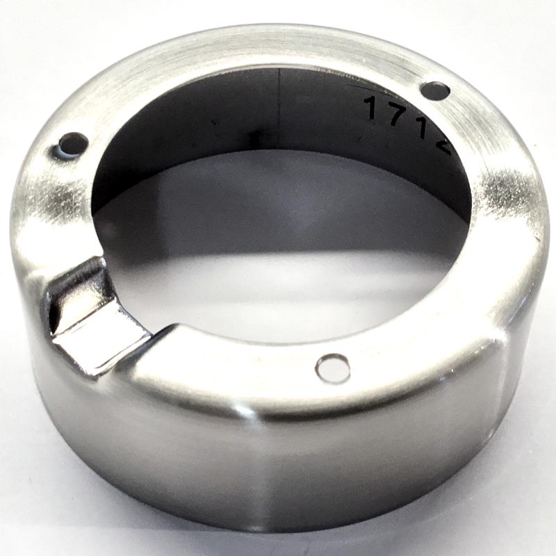 Påbygningsring i børstet stål til 12V indbygningsspot fra Flash Light